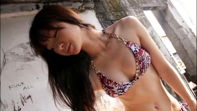 【おっぱい】モデル及び女優として雑誌やCM、映画出演など幅広く活躍している岡田茉奈ちゃんのおっぱい画像がエロすぎる!【30枚】 23