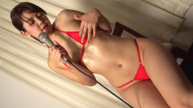 【おっぱい】スタジオLIVEオナニーでそれぞれ独自のオナニースタイルで歌い上げてイキ果てるAV女優さんのおっぱい画像がエロすぎる!【30枚】 08