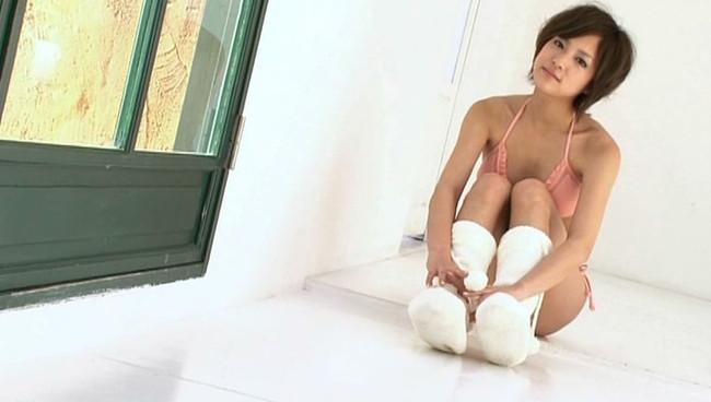 【おっぱい】期待以上の可愛さとセクシーさで圧倒する小悪魔的美少女グラビアモデル・折山みゆちゃんのおっぱい画像がエロすぎる!【30枚】 14