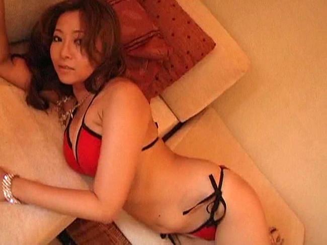 【おっぱい】安定感あるエロス&セクシー!LEGEND(伝説)の名を欲しいままにするAV女優・KAORIちゃんのおっぱい画像がエロすぎる!【30枚】 29