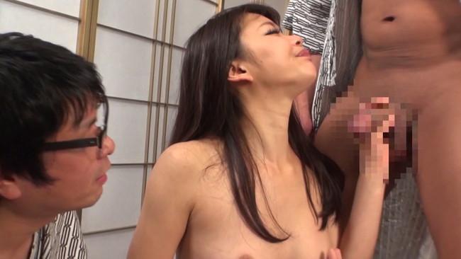 【勃起乳首】S級モデルのお姉さんや素人OLちゃんの乳首が勃起状態でコリコリ弄って吸いまくりNTRしたくなる画像集ww 26