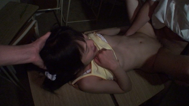 【おっぱい】少女偏愛者の個人撮影投稿、淫行ビデオ記録映像流出!148cm以下の低身長ミクロ系少女たちの画像がエロすぎる!【30枚】 18