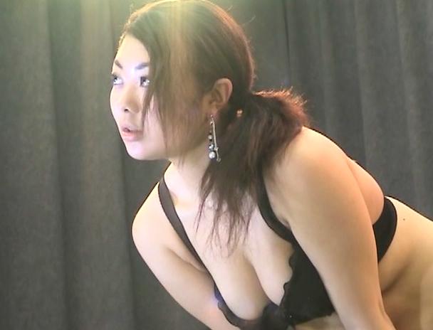 【おっぱい】モデルとしてスタジオに来た女子校生を騙して隠撮!おっぱいや裸がさらけ出されている女子校生の画像がエロすぎる!【30枚】 22