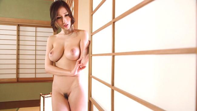 【おっぱい】S級女優が魅せる!選りすぐりの特選美ヌードグラビアを魅せつけてくれる大人気AV女優さんたちのおっぱい画像がエロすぎる!【30枚】 27
