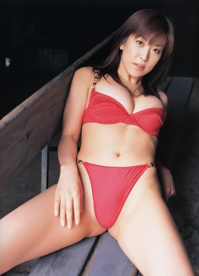 【おっぱい】セクシーポーズを連発。スレンダーな肢体と「着エロ」のアイドルとして君臨する川原洋子ちゃんのおっぱい画像がエロすぎる!【30枚】 24