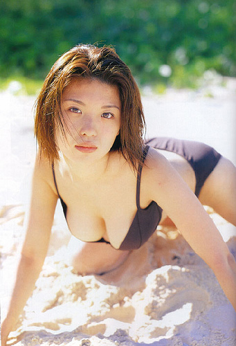 【おっぱい】グラビアだけでなく幅広い活躍をみせたFカップグラビアアイドル・川村亜紀ちゃんのおっぱい画像がエロすぎる!【30枚】 08