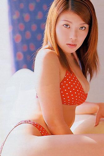 【おっぱい】グラビアだけでなく幅広い活躍をみせたFカップグラビアアイドル・川村亜紀ちゃんのおっぱい画像がエロすぎる!【30枚】 11