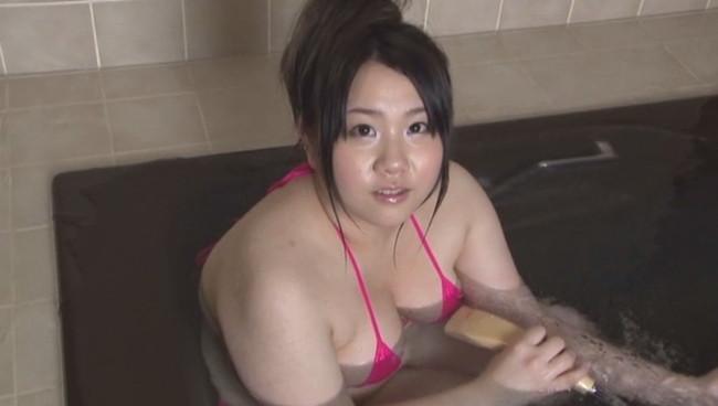 【おっぱい】やっぱりおっぱいの大きな女の子は大好きだ!巨乳グラビアアイドル・カンナちゃんの大きなおっぱい画像がエロすぎる!【30枚】 21