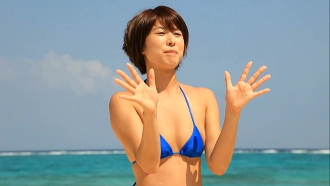 【おっぱい】佐々木希を輩出した名物企画「週刊ヤングジャンプ」(集英社)ギャルコンテスト2011準グランプリ・菊地りかちゃんのおっぱい画像がエロすぎる!【30枚】 26