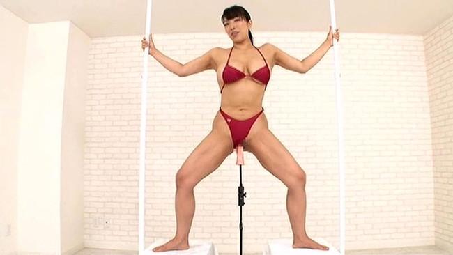 【おっぱい】体を鍛えてエロい体にもなったマッスルビューティーな女性のおっぱい画像がエロすぎる!【30枚】 27