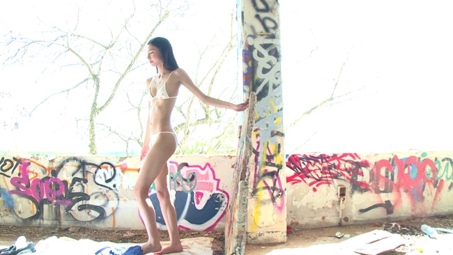 【おっぱい】青空広がるビーチで元気いっぱい遊んでいる姿がとっても可愛い!黒澤あのんちゃんのおっぱい画像がエロすぎる!【30枚】 06