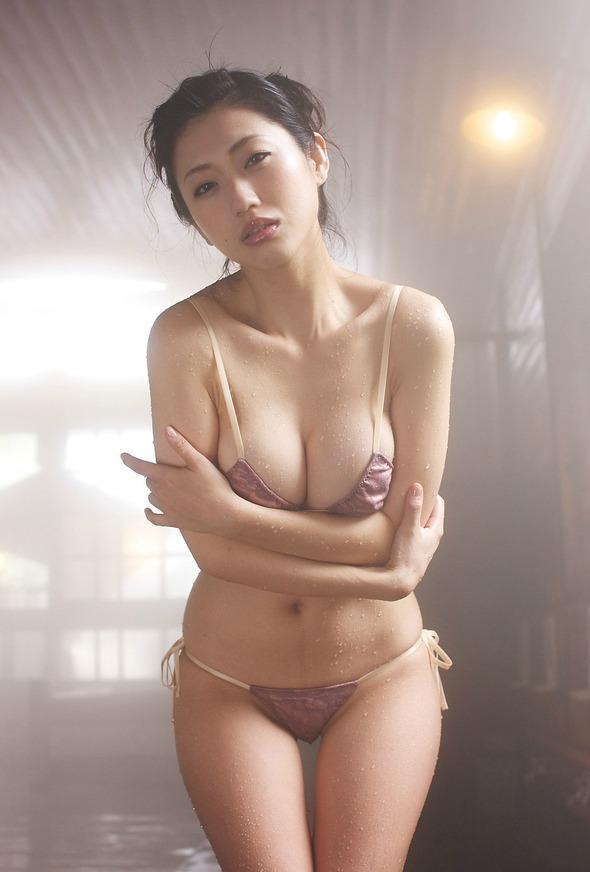 【おっぱい】色っぽくて艶やかな壇蜜さんのおっぱい画像がエロすぎる!【30枚】 29
