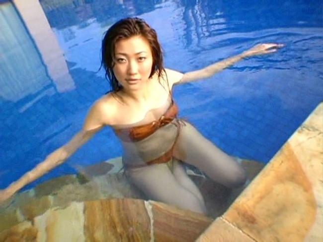 【おっぱい】モデルさながらのスレンダーボディ!ダイナマイトボディの超大型・倉橋沙由梨ちゃんのおっぱい画像がエロすぎる!【30枚】 19