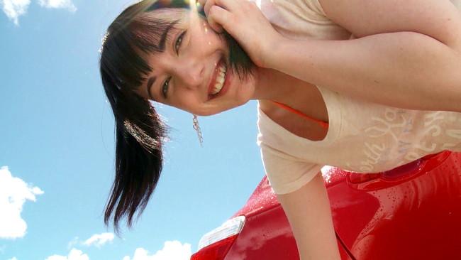 【おっぱい】アイドルグループ「恥じらいレスキュー」のメンバーとしても活動するアキバ大好きカナダ人・ケルシー・パニゴニちゃんのおっぱい画像がエロすぎる!【30枚】 14