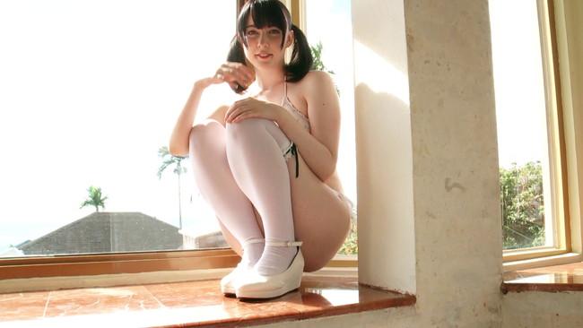 【おっぱい】アイドルグループ「恥じらいレスキュー」のメンバーとしても活動するアキバ大好きカナダ人・ケルシー・パニゴニちゃんのおっぱい画像がエロすぎる!【30枚】 19