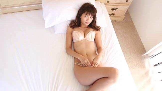 【おっぱい】スマートな美しさと少女のような可愛らしさを合わせ持った人気ファッションモデル、小泉梓ちゃんのおっぱい画像がエロすぎる!【30枚】 27