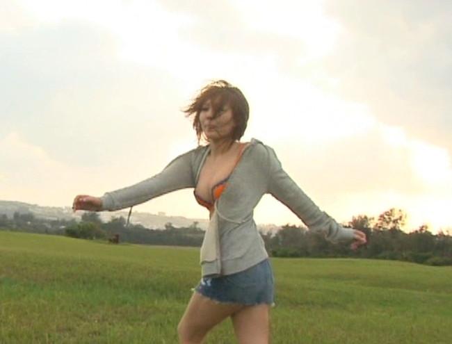 【おっぱい】ダンスユニット・AAAの元メンバー!今は声優として大人気になっている、後藤友香里ちゃんのおっぱい画像がエロすぎる!【30枚】 19