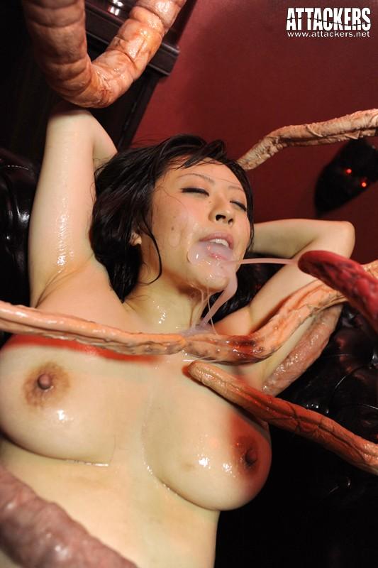 【おっぱい】たくさんの触手で犯されちゃっている女性のエロすぎるおっぱい画像【30枚】 18