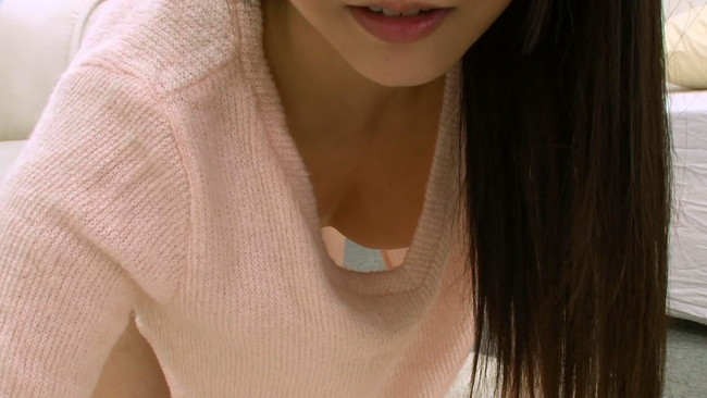 【おっぱい】ノーブラ勃起乳首!トキメキ胸元チラリズム!これでもかというくらい見せつけてくる女の子たちのおっぱい画像がエロすぎる!【30枚】 17