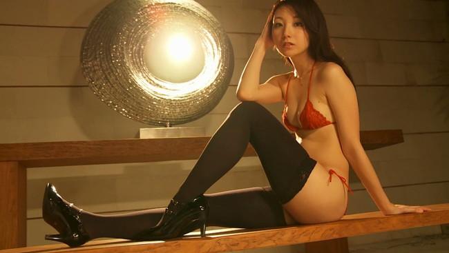 【おっぱい】SDN48元メンバーとして活躍していたモデル、タレントの尻無浜冴美ちゃんのおっぱい画像がエロすぎる!【30枚】 12