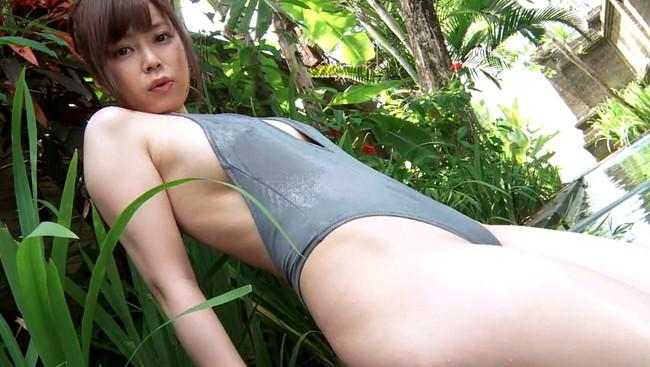 【おっぱい】Gカップの巨乳&スレンダーボディを持つ軌跡な美ボディグラドル!渋谷ゆりちゃんのおっぱい画像がエロすぎる!【30枚】 04
