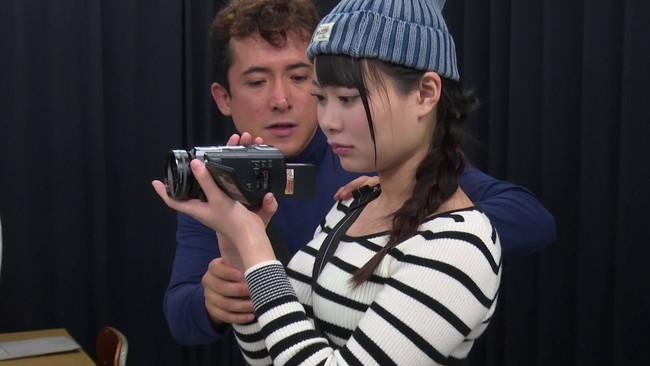 【おっぱい】監督がSEXしたくなった時に、「ハメ撮りの練習」と言いくるめられて、なし崩し的にチ○ポを挿入される女ADさんのおっぱい画像がエロすぎる!【30枚】 23