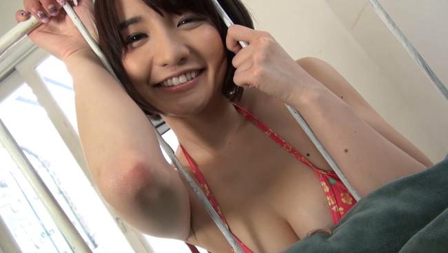 【おっぱい】グラビアアイドル尾崎ナナちゃんのおっぱい画像がエロすぎる!【30枚】 06