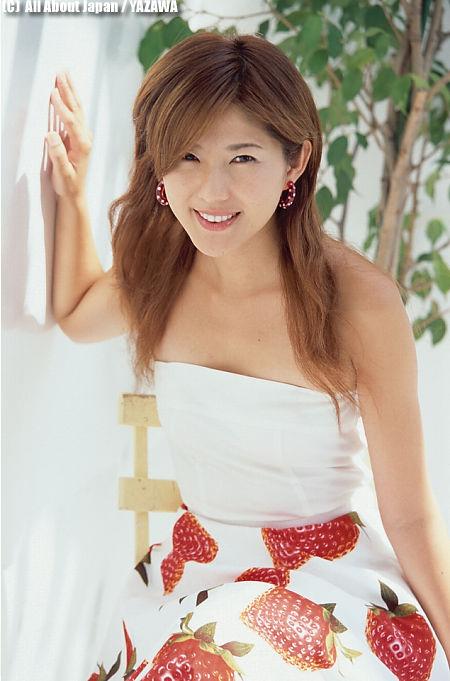 【おっぱい】チャームポイントは美脚と笑顔!トップレースクイーンとして活躍してきた杉村陽子さんのおっぱい画像がエロすぎる!【30枚】 14