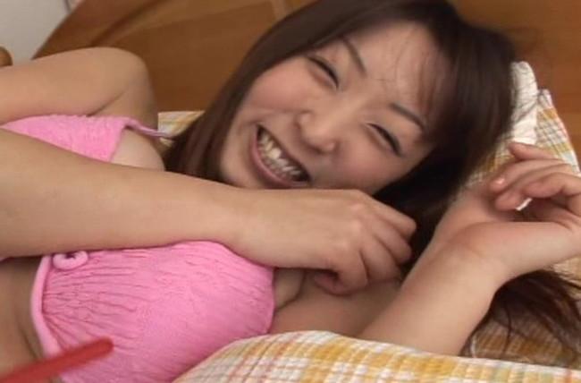 【おっぱい】小柄な体に大きな92センチバストとCDデビューもしているグラビアアイドル・関川理沙ちゃんのおっぱい画像がエロすぎる!【30枚】 25