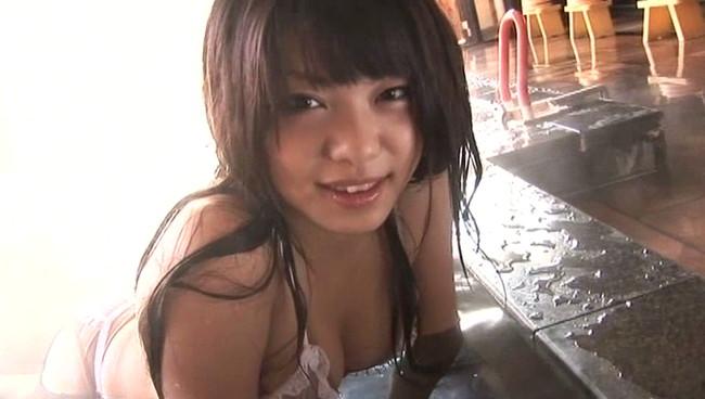 【おっぱい】若々しいけど色っぽい!ジュニア四天王と呼ばれていたグラビアアイドル・多田瑞穂ちゃんのおっぱい画像がエロすぎる!【30枚】 14