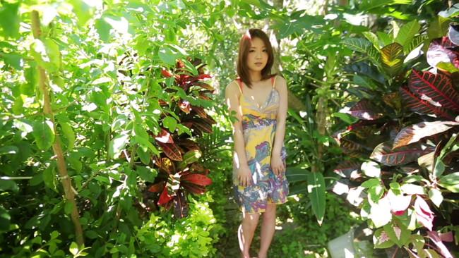 【おっぱい】テレビドラマや舞台、グラビアなど幅広く活動するグラビアアイドル・谷麻紗美ちゃんのおっぱい画像がエロすぎる!【30枚】