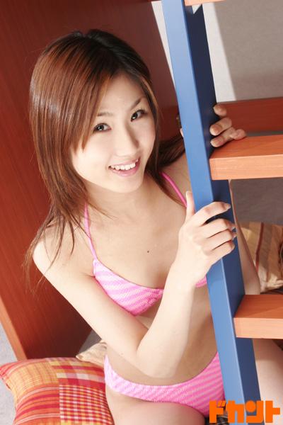 【おっぱい】抱きしめたら壊れてしまいそうな華奢なカラダ!大阪が生んだ稀代の美少女・高橋幸子ちゃんのおっぱい画像がエロすぎる!【30枚】 11