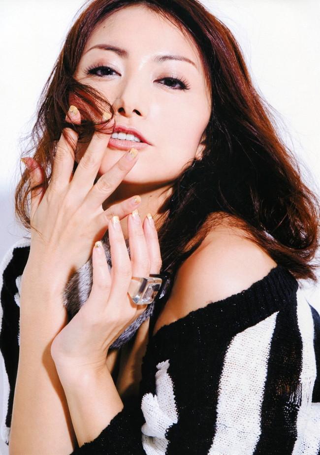 【おっぱい】声も表情も、もちろんおっぱいもエロすぎる!大人気女性声優・たかはし智秋さんのおっぱい画像がエロすぎる!【30枚】 05