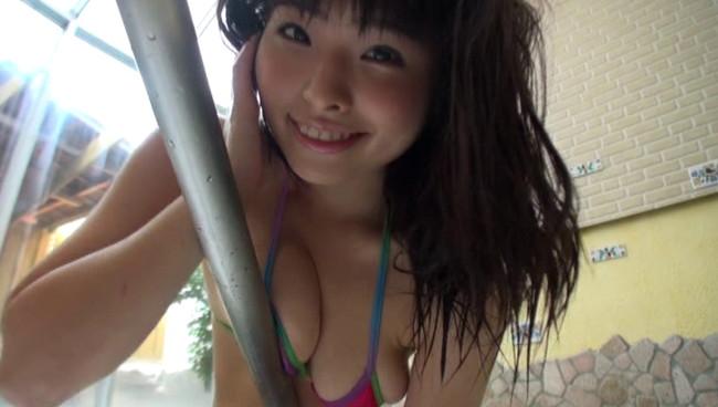 【おっぱい】アイドルユニットやタレントとしても活躍していたグラビアアイドル・立花絵海莉ちゃんのおっぱい画像がエロすぎる!【30枚】 20