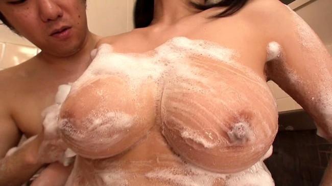 【おっぱい】一緒にお風呂で泡まみれになりたい!女の子のおっぱい画像がエロすぎる!【30枚】 10
