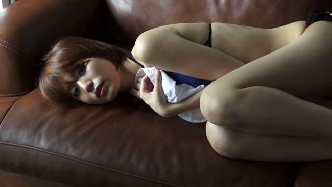 【おっぱい】すらりとした細いからだ。顔も小さくて、完璧と言わざるをえない!正統派美少女・綱島恵里香ちゃんのおっぱい画像がエロすぎる!【30枚】 21