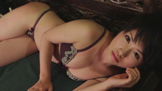 【おっぱい】「制コレ2005」でグランプリに輝き、タレントとして女優としても快進撃を続ける寺田有希ちゃんのおっぱい画像がエロすぎる!【30枚】 10