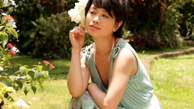 【おっぱい】「制コレ2005」でグランプリに輝き、タレントとして女優としても快進撃を続ける寺田有希ちゃんのおっぱい画像がエロすぎる!【30枚】 18