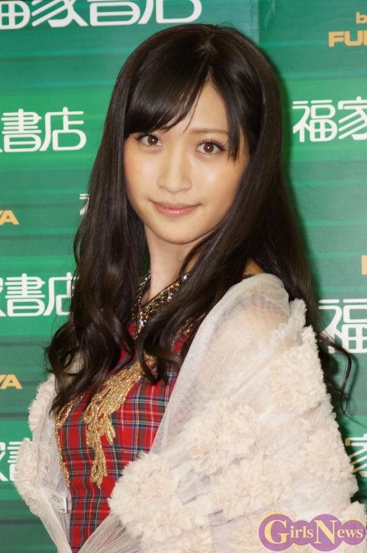 【おっぱい】女性アイドルグループ「アイドリング!!!」の元メンバー!競馬番組で人気を集める横山ルリカちゃんのおっぱい画像がエロすぎる!【30枚】 10
