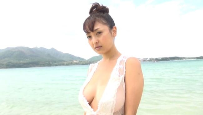 【童顔巨乳】中川朋美とかいうバストがJカップで103センチというむっちり爆乳で超小柄という童顔巨乳娘がエロ過ぎる美少女のおっぱい画像集w 30