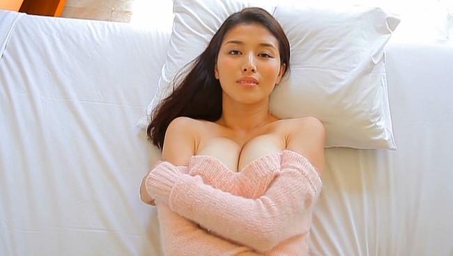 【おっぱい】愛人にしたい女でトップ・橋本マナミさんのおっぱい画像がエロすぎる!【30枚】 14