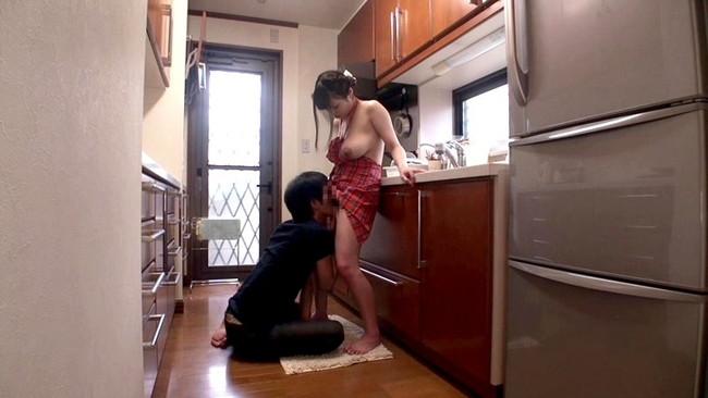 【おっぱい】可愛い子がレッツ!クッキング!裸エプロンの女の子のおっぱい画像がエロすぎる!【30枚】 14