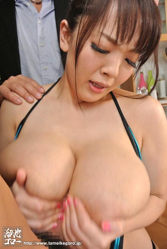 【おっぱい】爆乳、超乳で男を魅了する女の子のおっぱい画像がエロすぎる!【30枚】 08