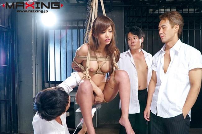 【おっぱい】緊縛されてイキまくっている女性のおっぱい画像がエロすぎる!【30枚】 09