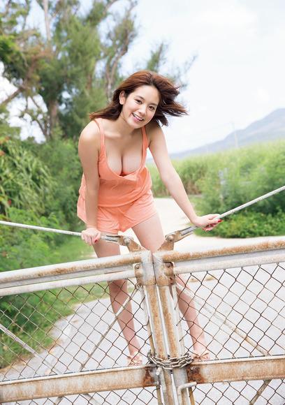 【おっぱい】テラスハウスで一躍有名になった筧美和子ちゃんのおっぱい画像がエロすぎる!【30枚】 04