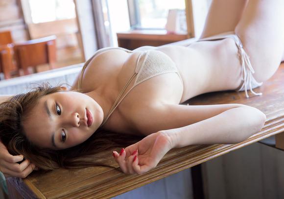 【おっぱい】テラスハウスで一躍有名になった筧美和子ちゃんのおっぱい画像がエロすぎる!【30枚】 11
