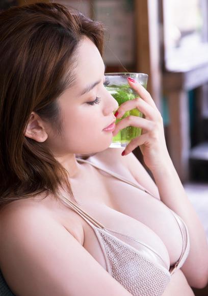 【おっぱい】テラスハウスで一躍有名になった筧美和子ちゃんのおっぱい画像がエロすぎる!【30枚】 13