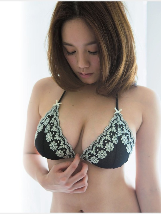 【おっぱい】テラスハウスで一躍有名になった筧美和子ちゃんのおっぱい画像がエロすぎる!【30枚】 14
