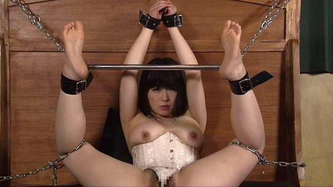 【おっぱい】拘束されてエッチなことをされる女の子のおっぱい画像がエロすぎる!【30枚】 06