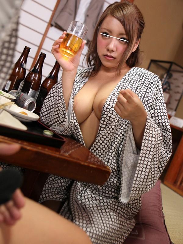 【おっぱい】浴衣を着ながらエッチなことをしちゃっている女の子のおっぱい画像がエロすぎる!【30枚】